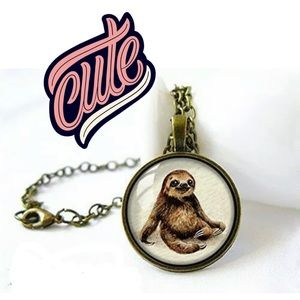 Jewelry - 💕Sloth Necklace (Add me to a bundle!)💕